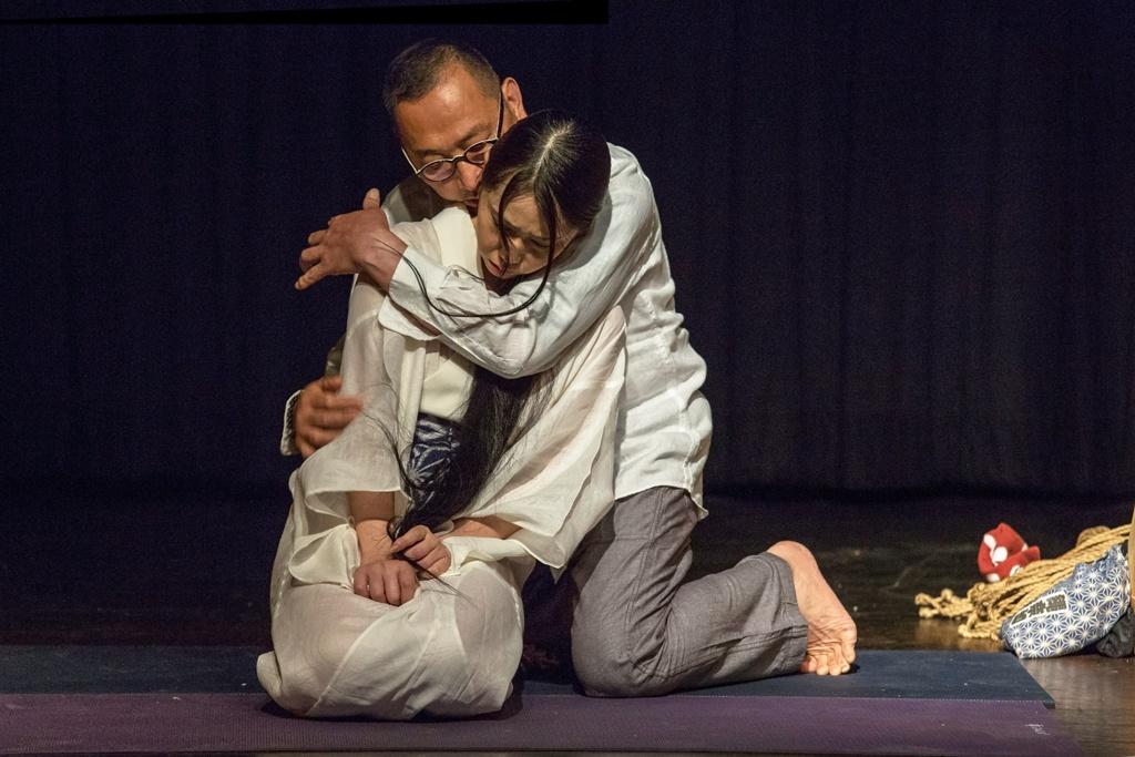 Akira Naka in Los Angeles Kinbaku Today 6