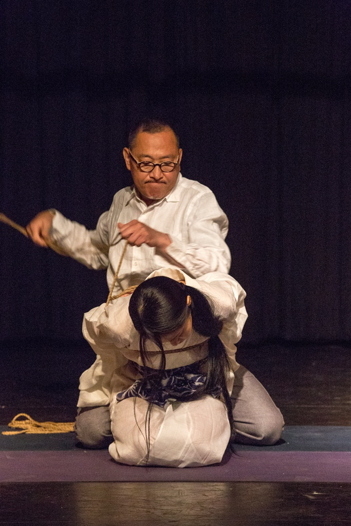 Akira Naka in Los Angeles Kinbaku Today 8