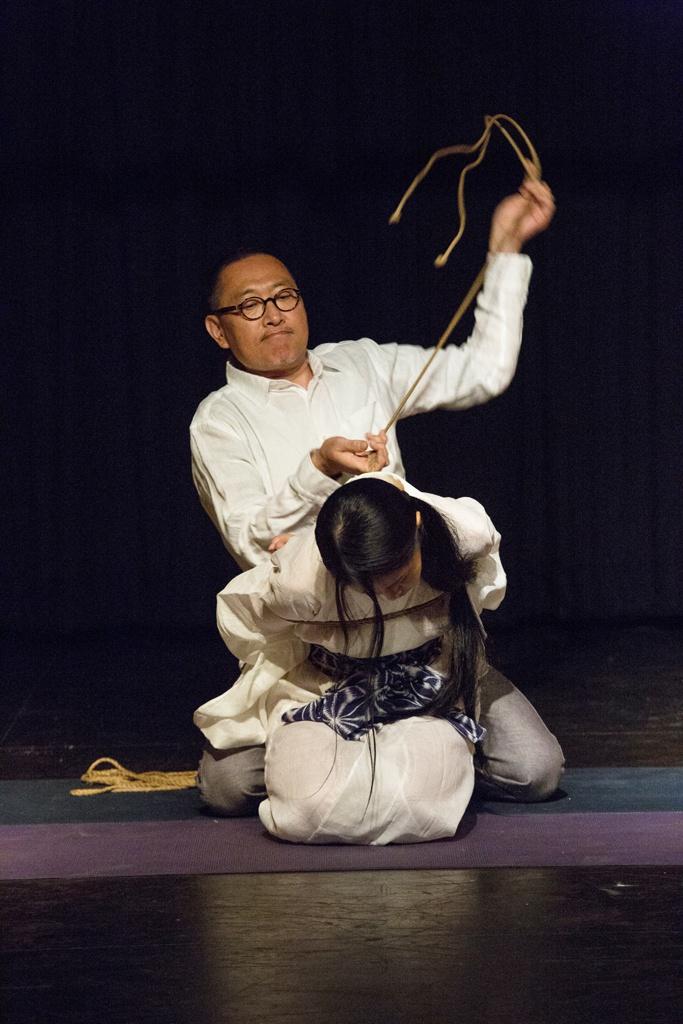 Akira Naka in Los Angeles Kinbaku Today 9