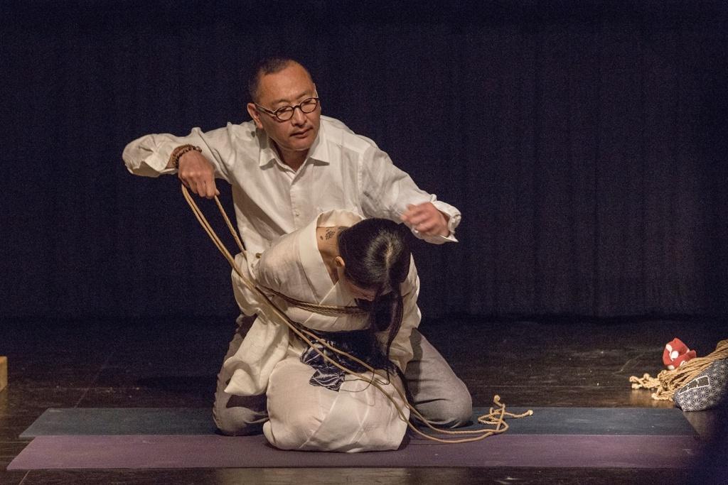 Akira Naka in Los Angeles Kinbaku Today 10