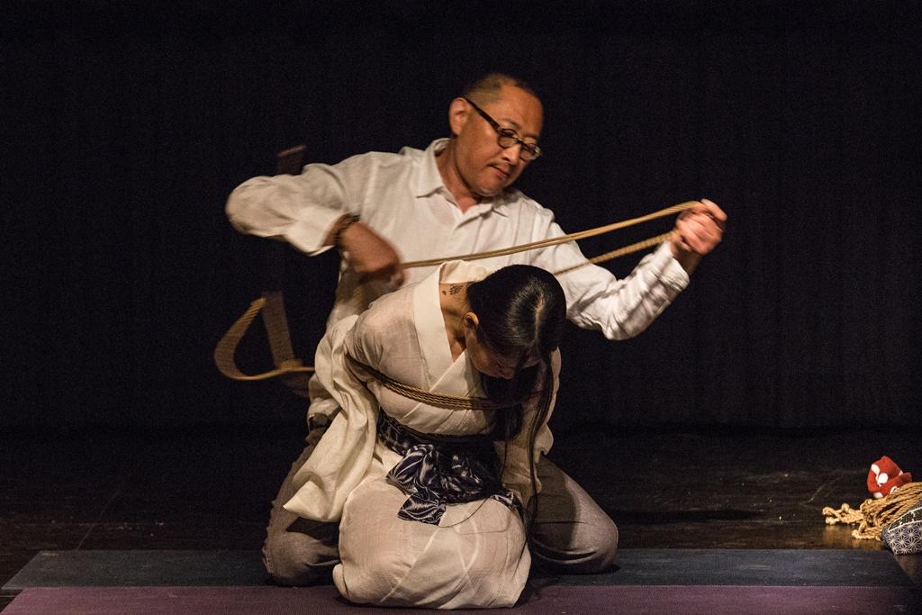 Akira Naka in Los Angeles Kinbaku Today 11