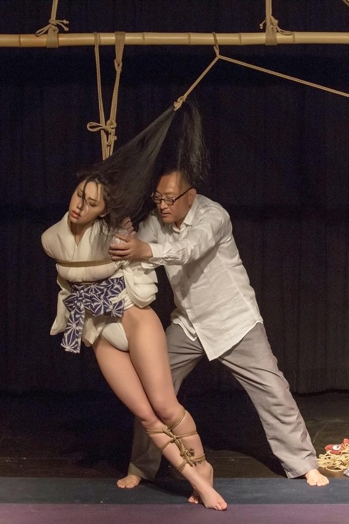 Akira Naka in Los Angeles Kinbaku Today 17