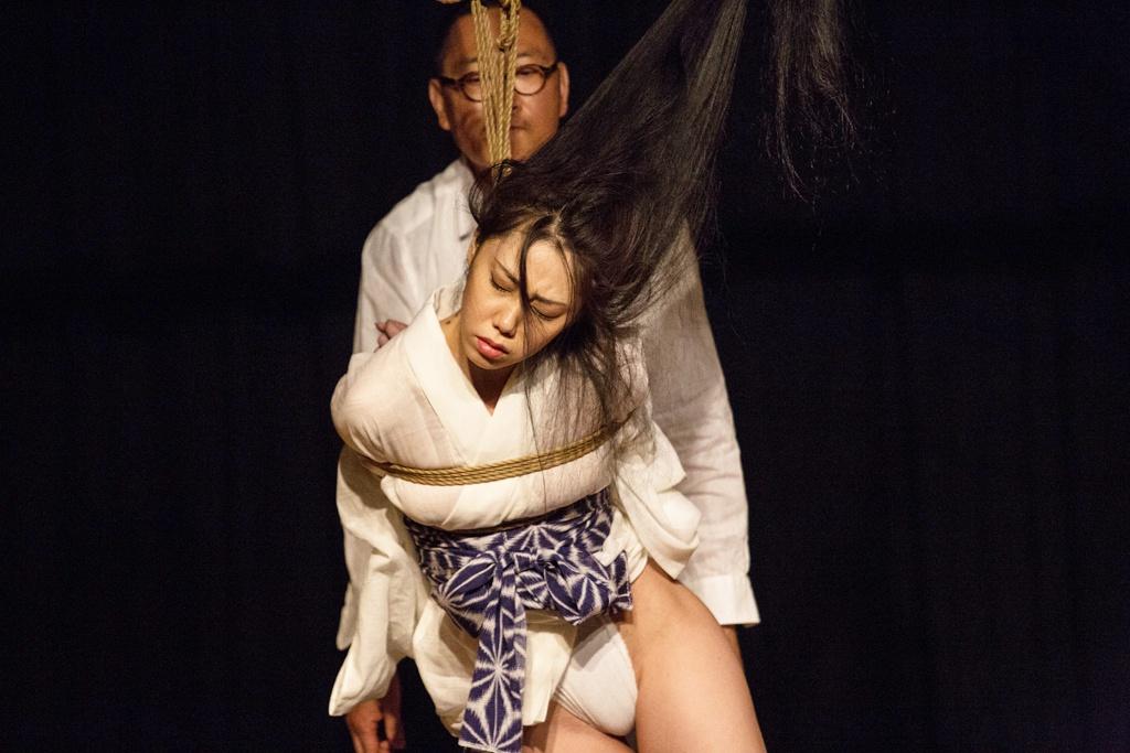Akira Naka in Los Angeles Kinbaku Today 20