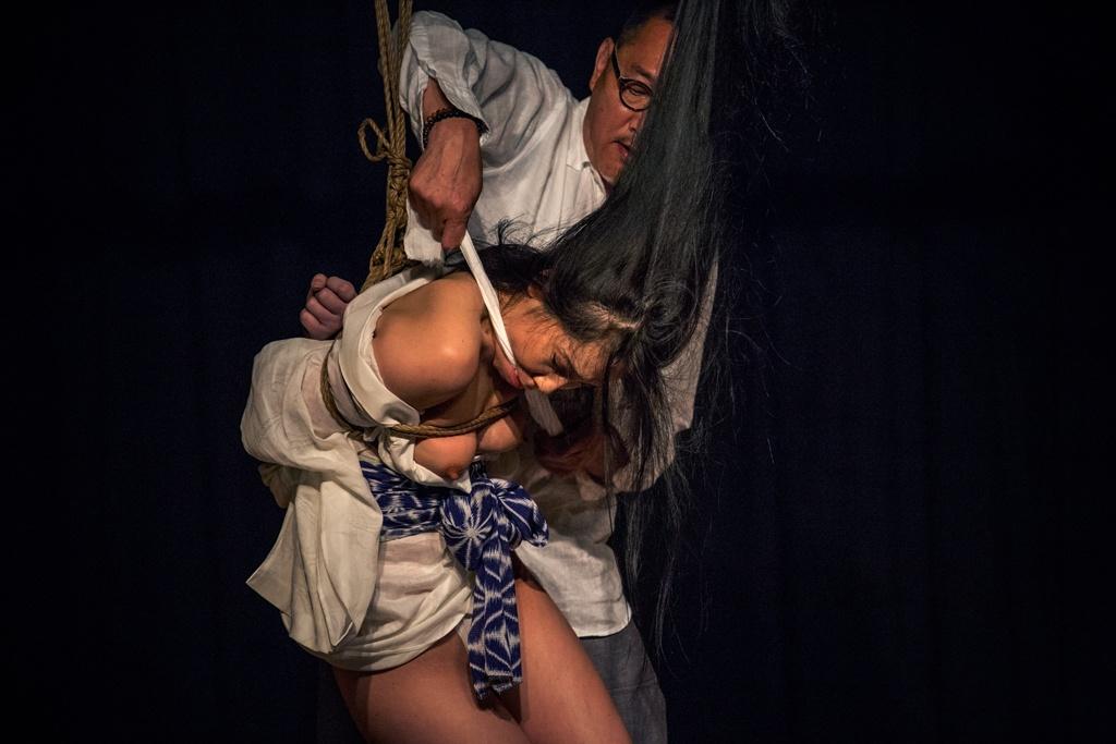 Akira Naka in Los Angeles Kinbaku Today 27