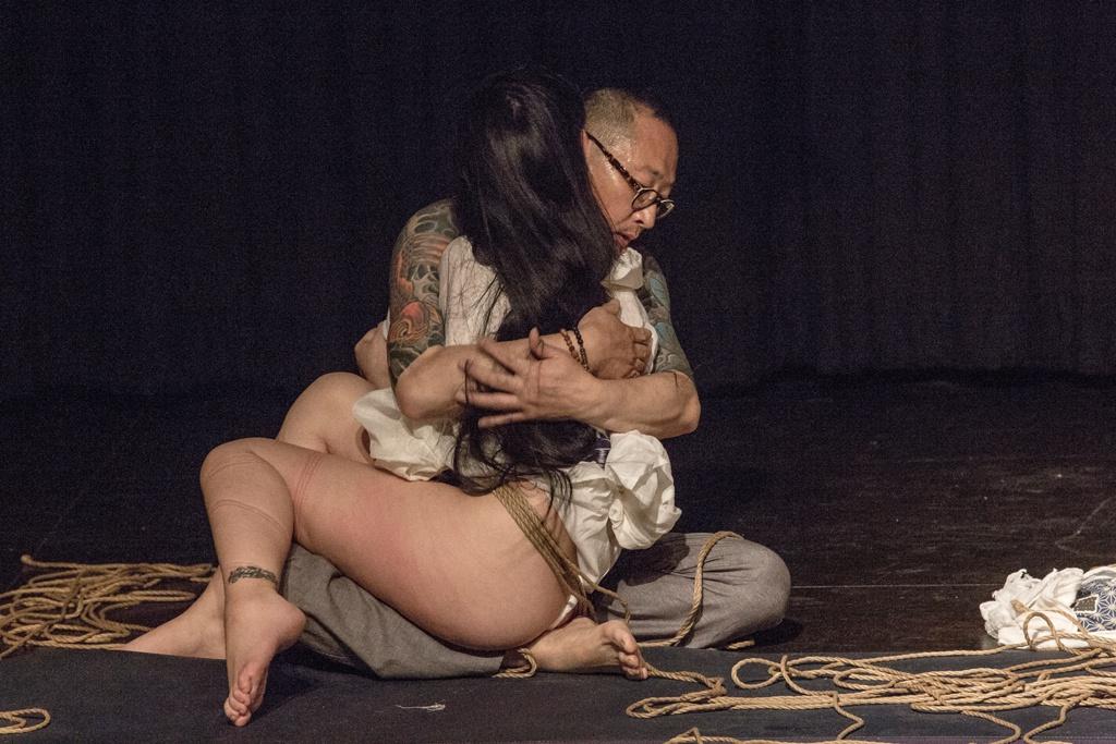 Akira Naka in Los Angeles Kinbaku Today 42